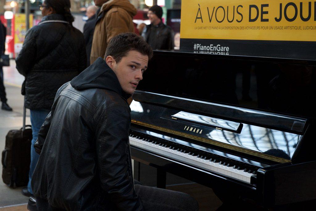 Klavierspieler Vom Gare Du Nord